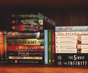 book, four, and divergent image