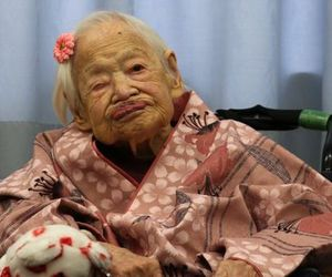 japan and world's oldest person image