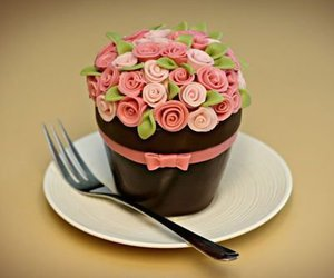 cupcake, rose, and cake image