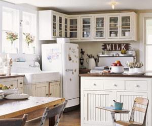 farmhouse and kitchen image