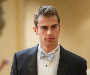 theo james, Hot, and divergent image