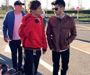 one direction, louis tomlinson, and zayn malik image