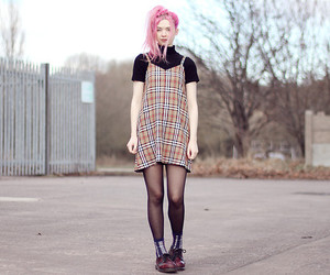 girl, lookbook, and pink hair image