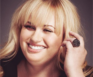 beautiful, fat amy, and love image