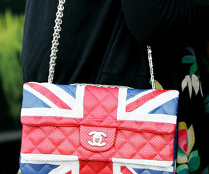 purse, love, and the english flag image