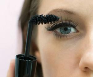 how to, makeup, and mascara image