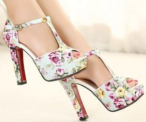 girls, woman, and nice shoes image