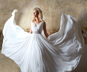 bridal, Sophistication, and 2015 image