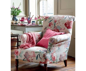 pink, vintage, and fauteuil image