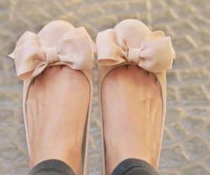 bow, vintage, and flats image