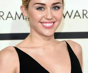 miley cyrus, beautiful, and grammy image