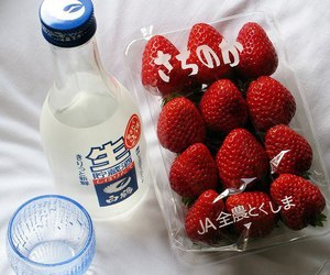 strawberry, food, and japan image