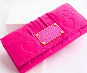 pink, marc jacobs, and wallet image