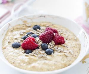 oatmeal, berries, and blueberry image