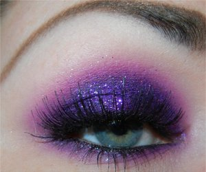 makeup, purple, and glitter image
