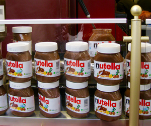 nutella and nutella bar image