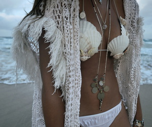 bohemian, girl, and jewellery image