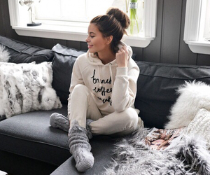 girl, outfit, and home image