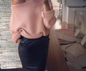 baby pink, fashion, and high waist image