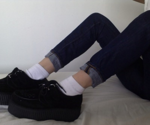 pale, grunge, and creepers image