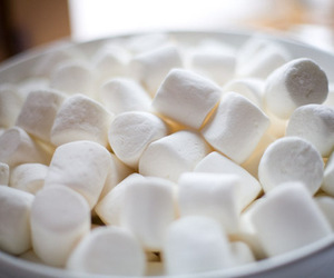 food, marshmallow, and sweet image