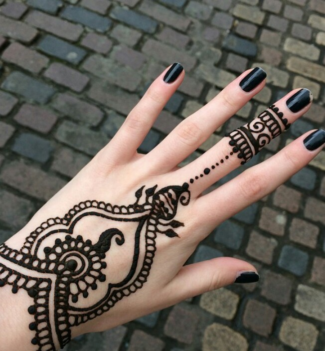 159 Images About Henna Tatoo On We Heart It See More About Henna