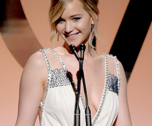 Jennifer Lawrence, the hunger games, and katniss everdeen image