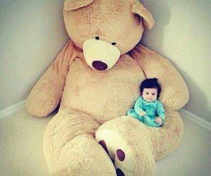 adorable, baby, and big bear image