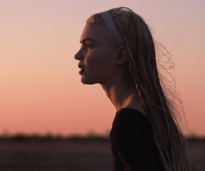 girl, sunset, and grimes image