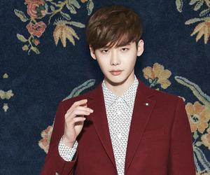 lee jong suk, model, and korean actor image
