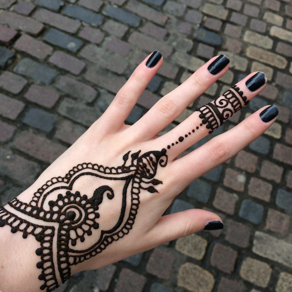 44 Images About Tattoo On We Heart It See More About Tattoo Henna