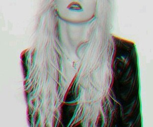 Taylor Momsen, the pretty reckless, and black and white image