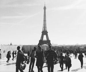 eiffel tower, paris, and karolineol image