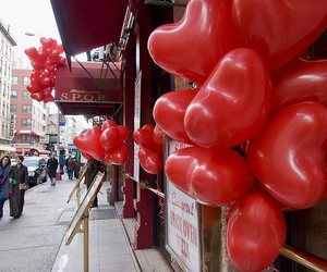 manhattan, Valentine's Day, and little italy image