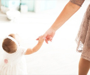 baby, mom, and touchbeauty image