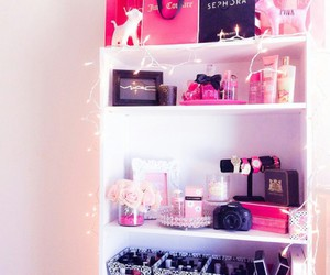 cute decor, juicy couture bags, and victoria secret bags image