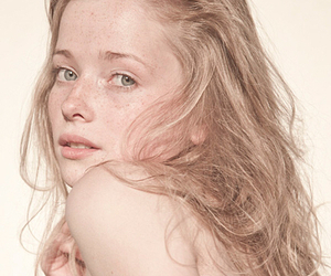 girl, pale skin, and pretty image
