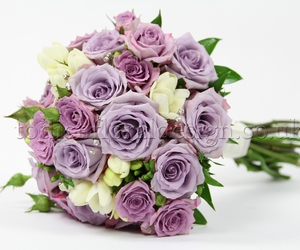 wedding flowers and bridal bouquets image
