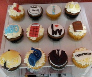 bakery, cupcake, and cupcakes image