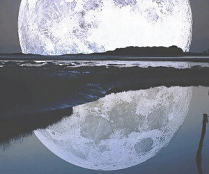 full moon, grunge, and indie image