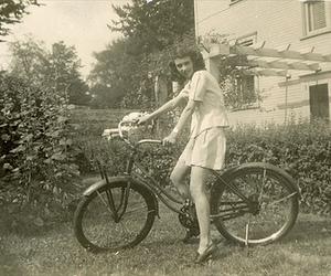 bicycle, bike, and vintage image