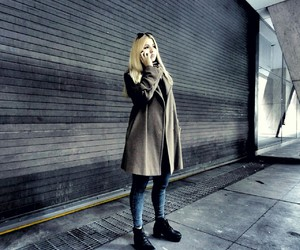 blond, perfect, and fashion image