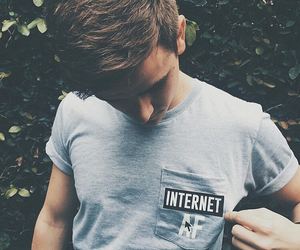 connor franta, internet, and youtube image