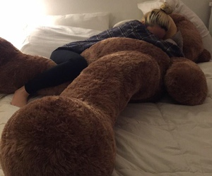 cute and bea miller image
