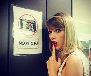 Taylor Swift, rebel, and taylor image