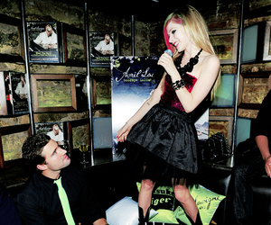 Avril Lavigne and goodbye lullaby image