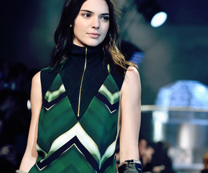 models and kendall jenner image