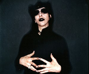 Marilyn Manson, MM, and music image