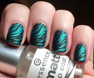 fashion, green, and nail polish image