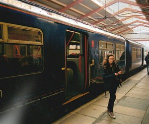 girl, train, and moartes image